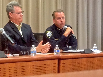 Escondido Police Chief Craig Carter talks to the media gathered at San Diego SPJ's wildfire panel.